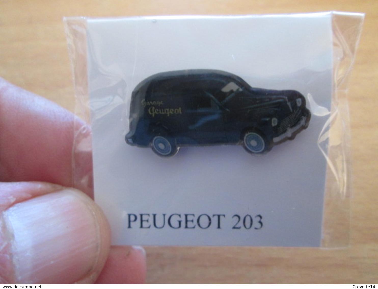 DIS-SPE Pin's Pins / Rare Et De Belle Qualité / THEME AUTOMOBILES : PEUGEOT 203 FOURGONETTE Par ATLAS - Peugeot