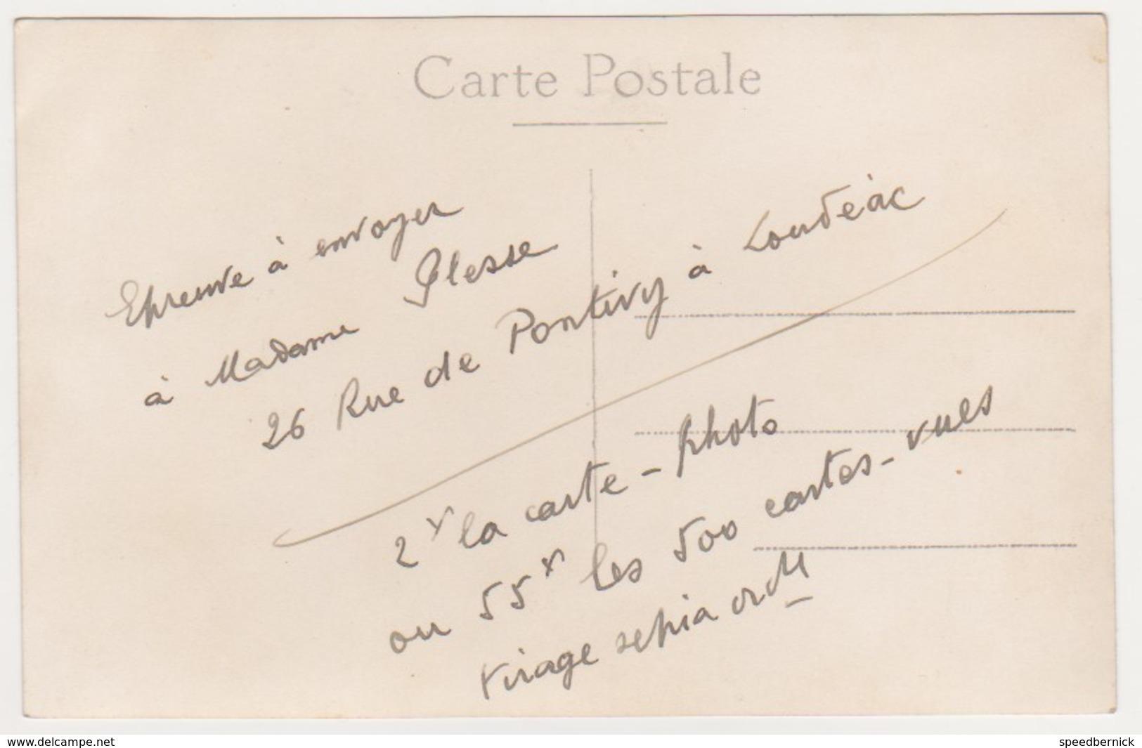 26969 Carte Photo Loudeac 22 France - -26 Rue De Pontivy -Famille Plesse - - Loudéac