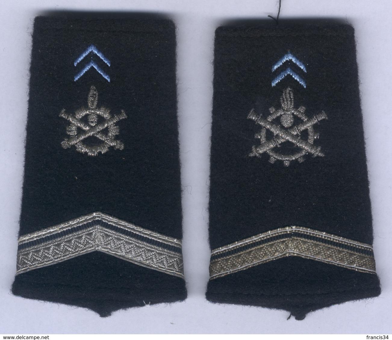 Manchons D'Epaulettes Du Service Du Matériel - Uniformes