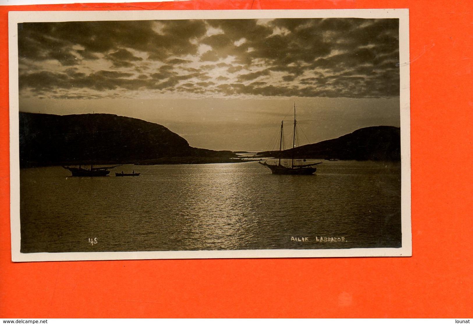 Newfoundland - S.H. Farsons & Sons, St John's, - Labrador(dimensions 13.8 X 8.5) - St. John's