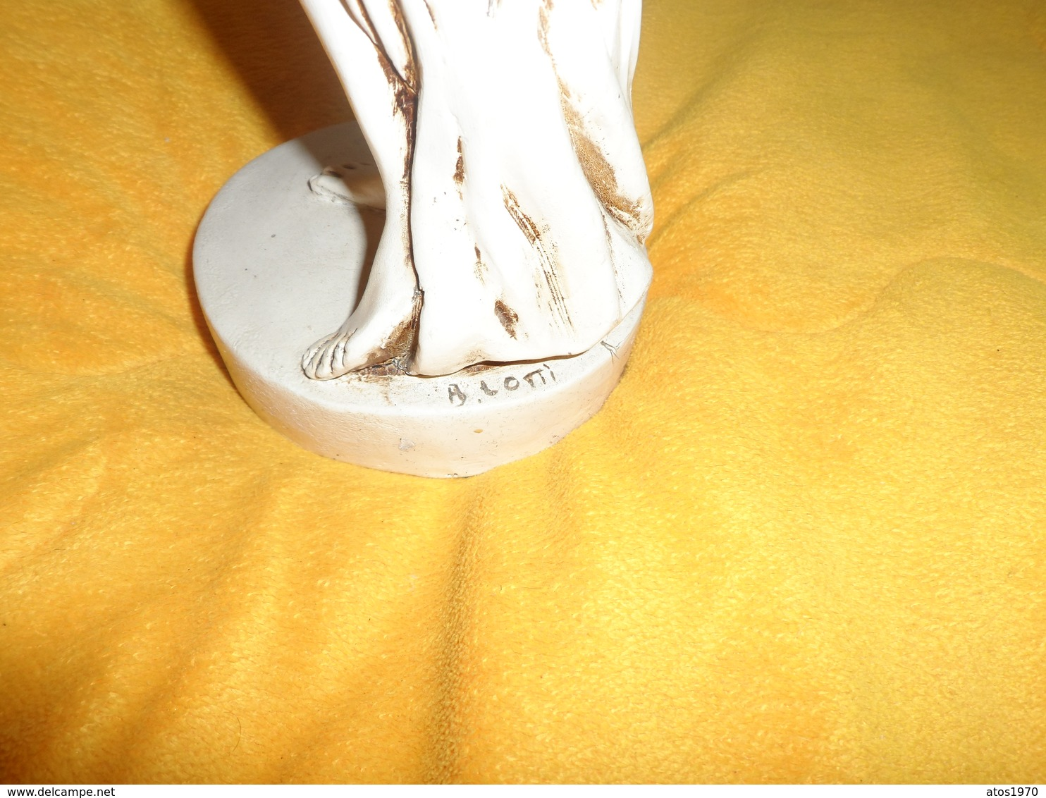 SCULPTURE DE FEMME NUE SIGNE B. LOTTI...RESINE ?...PLATRE ?...HAUTEUR 36CM POIDS 1078 GR. DATE ?.. - Sculptures