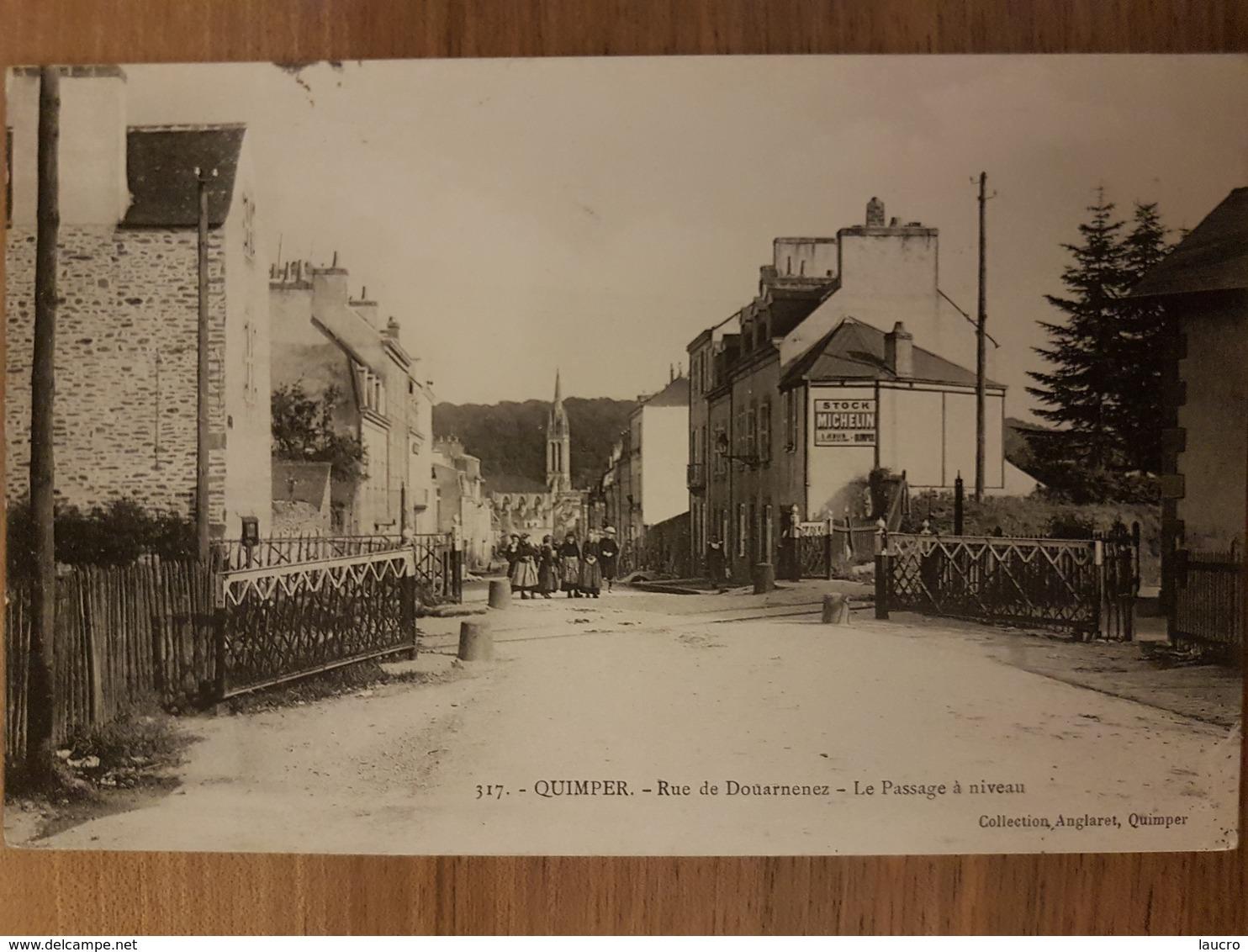 Quimper.rue De Douarnenez.le Passage à Niveau - Quimper