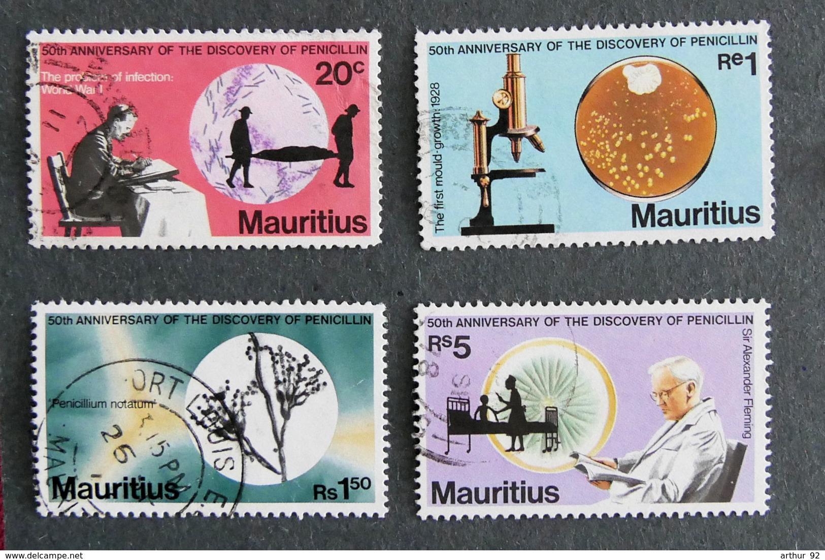 ILE MAURICE - MAURITIUS - 1978 - YT 472 à 475 - 50è ANNIVERSAIRE DE LA DECOUVERTE DE LA PENICILLINE - Mauritius (1968-...)