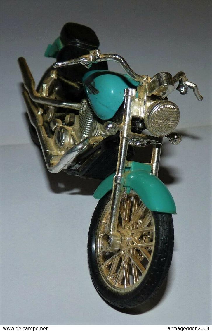 MAISTO MOTO 1/18 HONDA SHADOW AMERICAN CLASSIC TBE - Motos