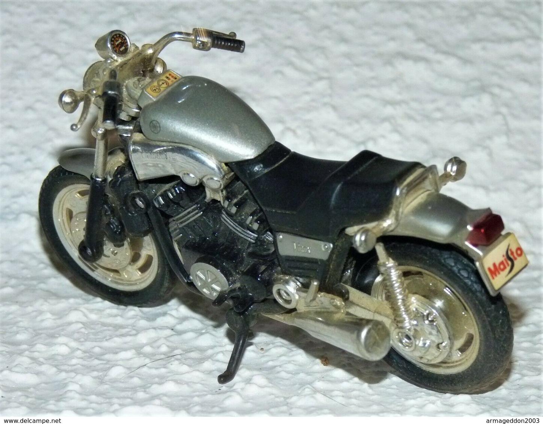 MAISTO MOTO 1/18 YAMAHA VINAX TBE - Motos