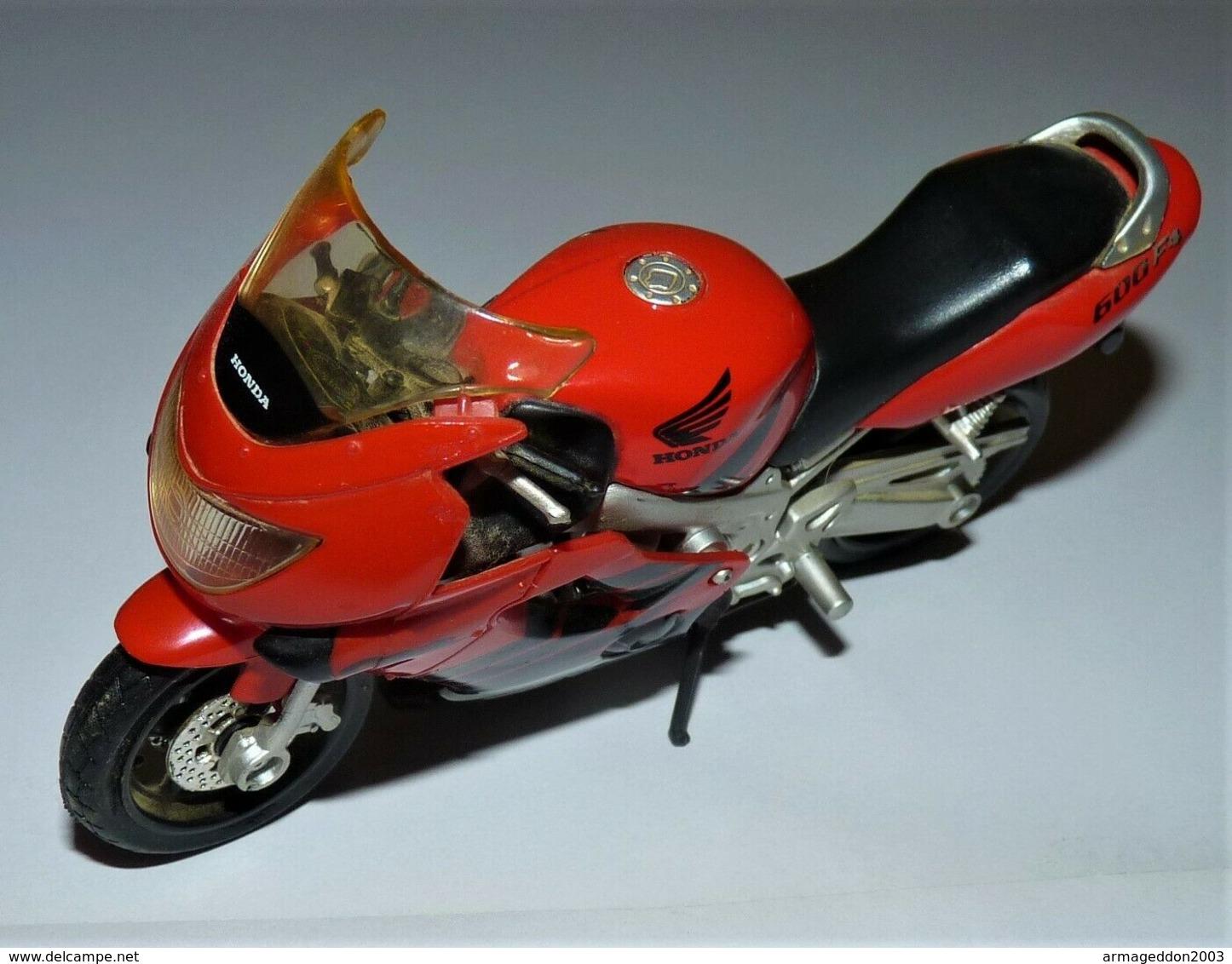 MAISTO MOTO 1/18 HONDA CBR 600 F4 TBE - Motos