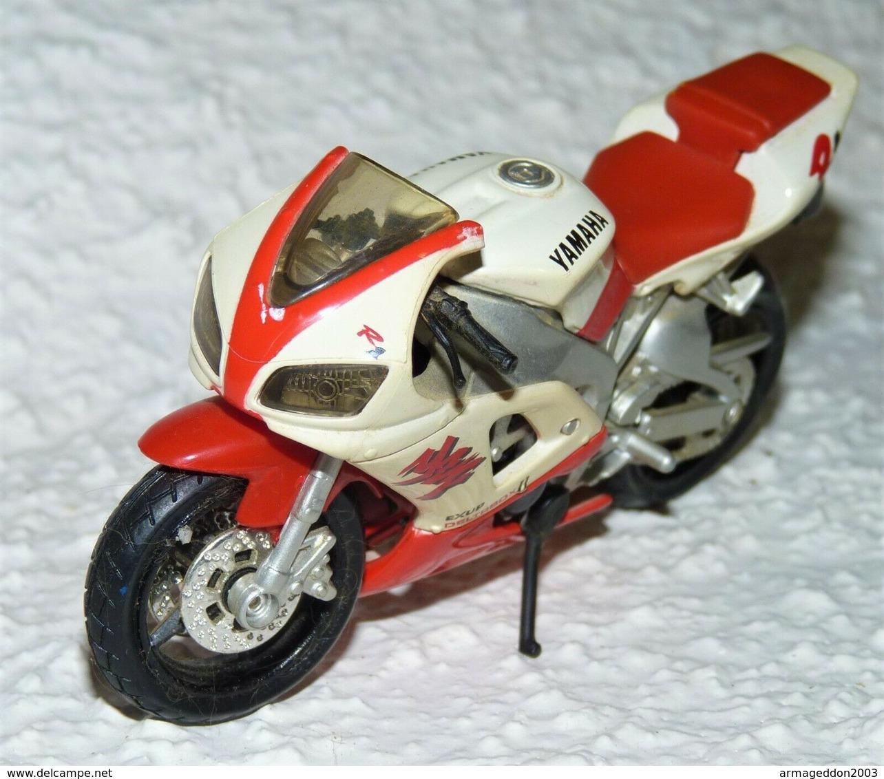 MAISTO MOTO 1/18 YAMAHA YZF R1 EXUP DELTRBOX D TBE - Motos