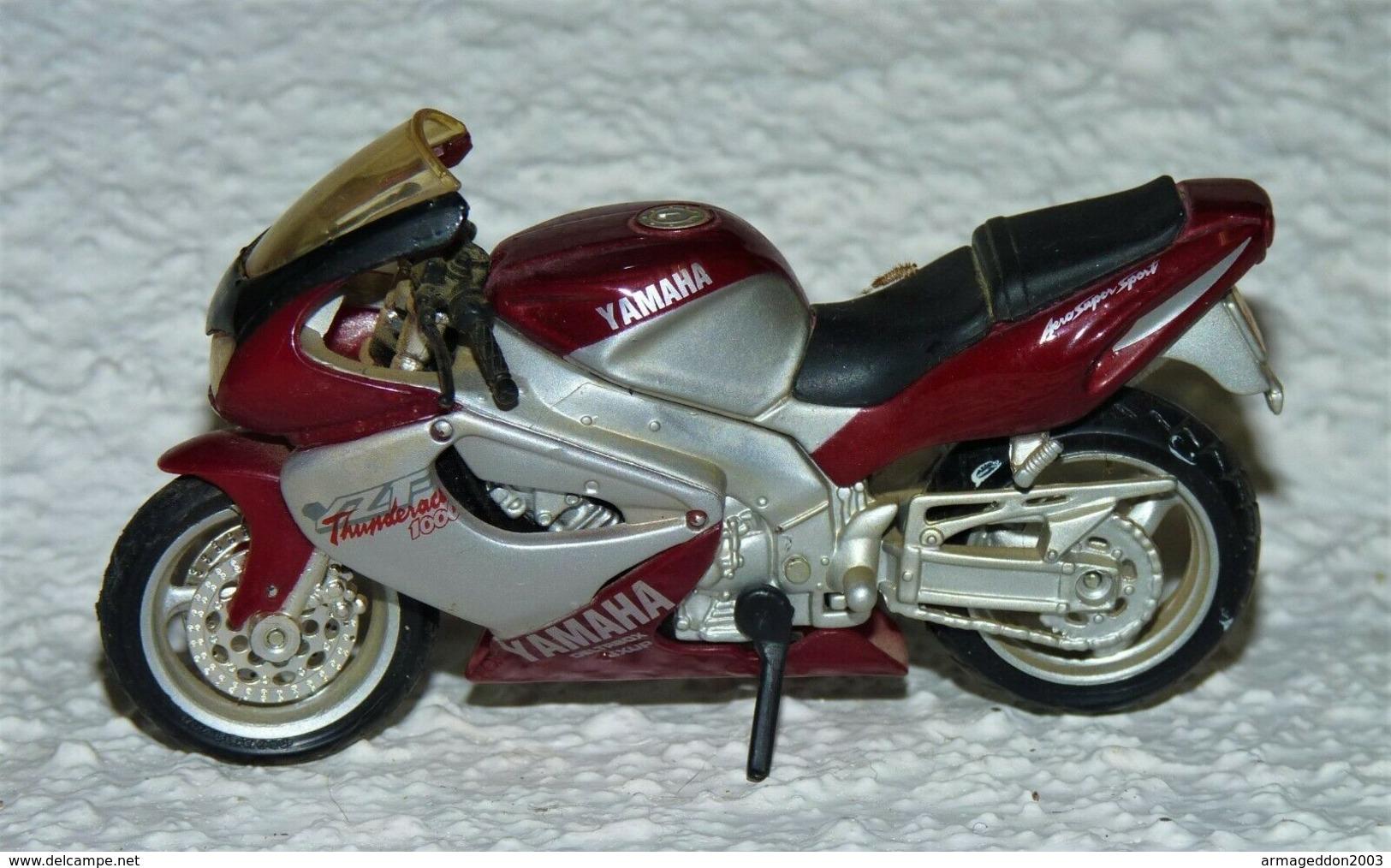 MAISTO MOTO 1/18 YAMAHA THUNDERACE 1000 TBE - Motos