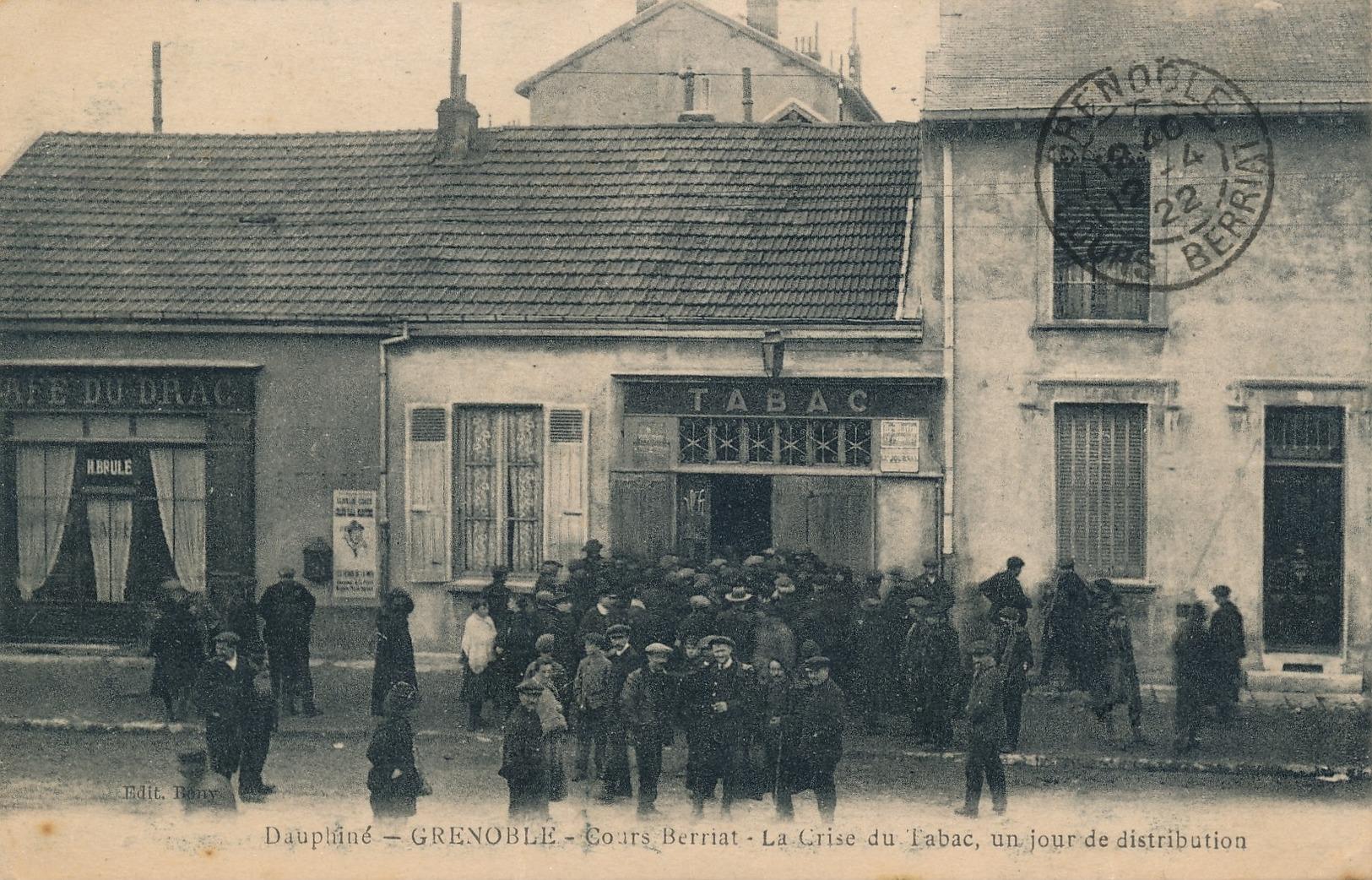 I96 - 38 - GRENOBLE - Isère - Cours Berriat - La Crise Du Tabac, Un Jour De Distribution - Grenoble