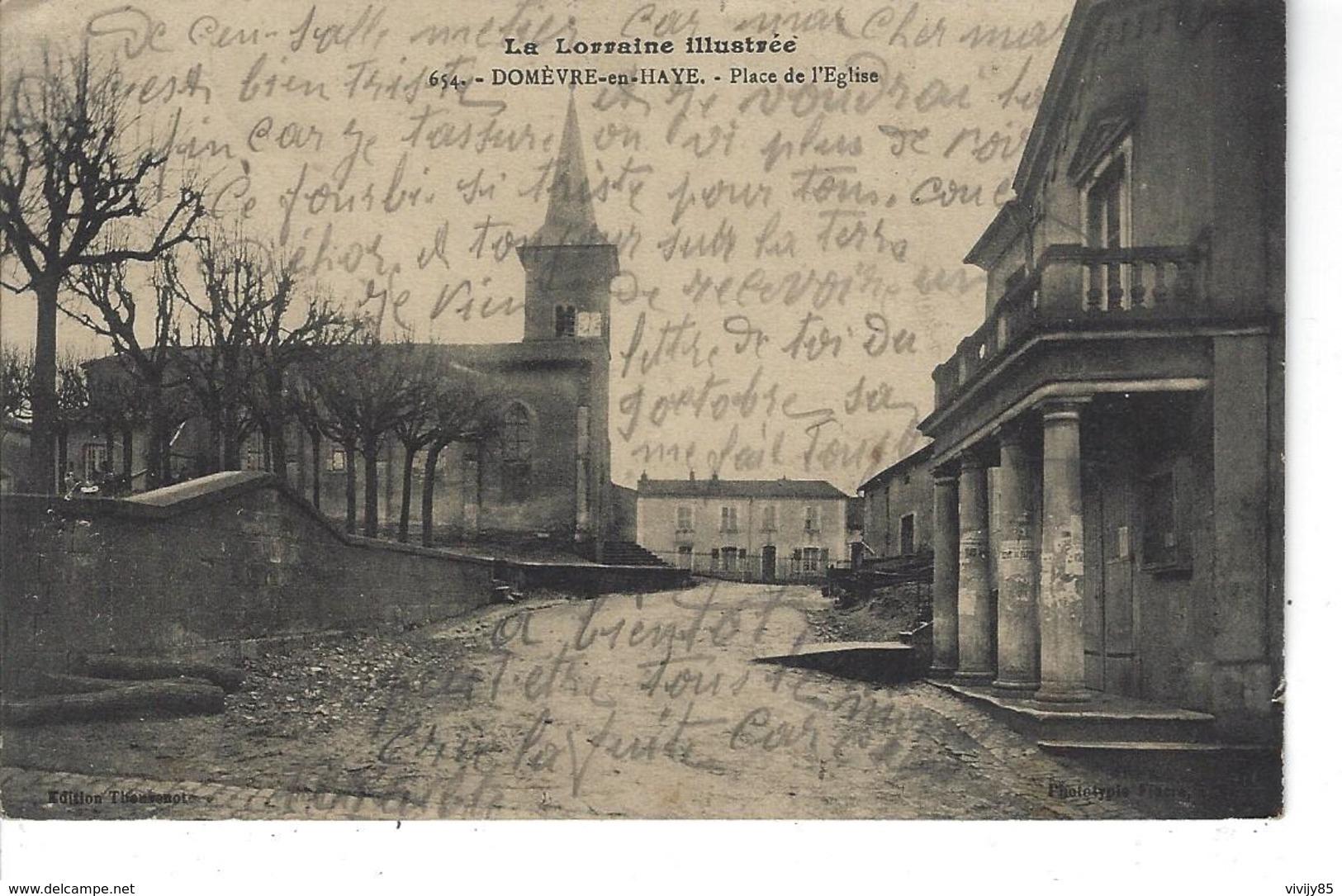 54 - DOMEVRE EN HAYE - T.Belle Vue De La Place De L'Eglise - Domevre En Haye