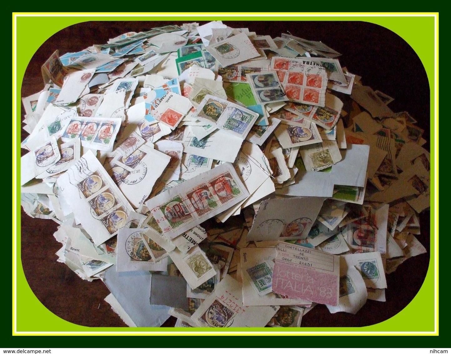 1,556 KILO Timbres Italie Italy / Frag (petits Formats Et Série Châteaux) Kiloware Castles - Timbres