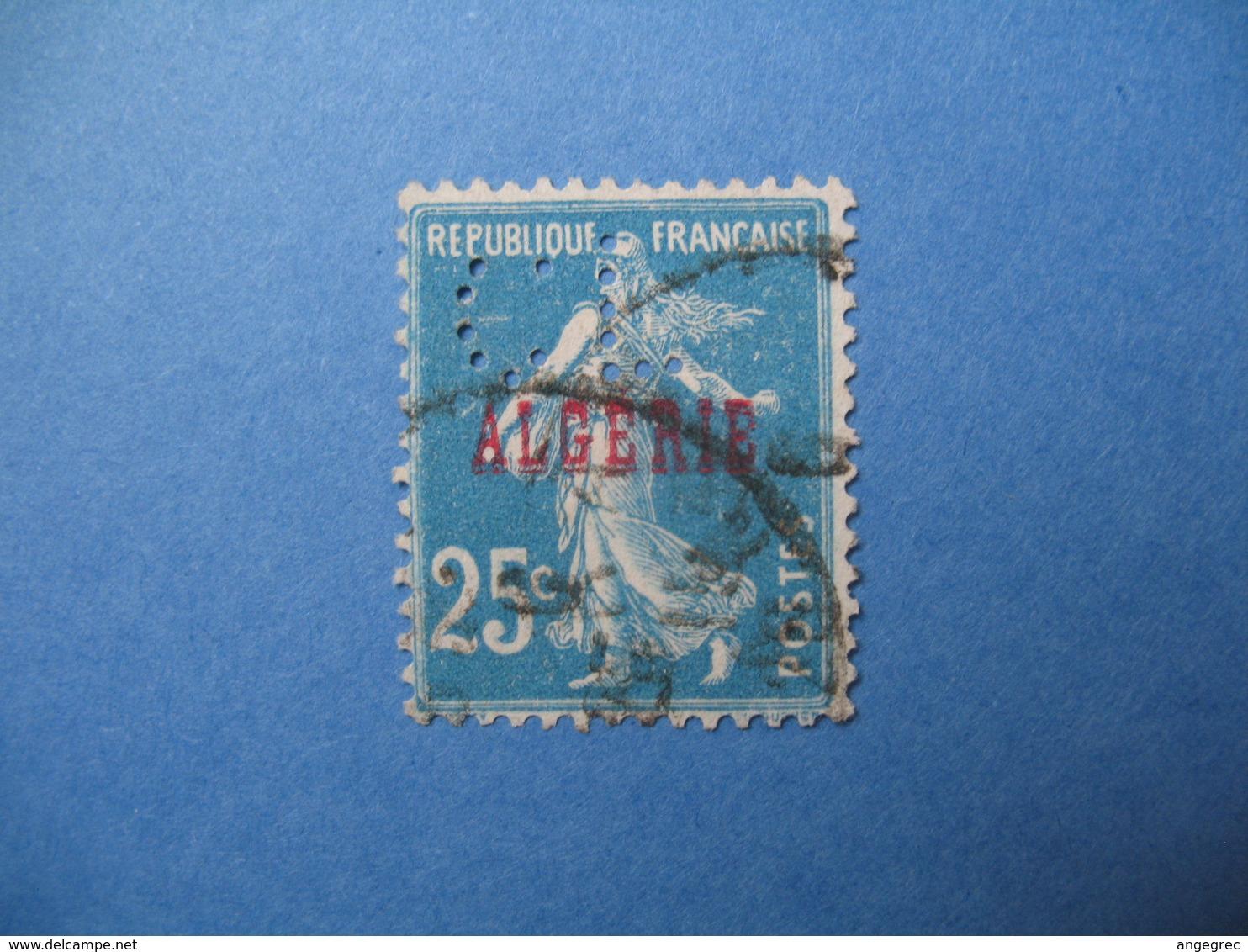 Perforé  Perfin  Algérie ,   Perforation :  CL9    à Voir - Algeria (1924-1962)