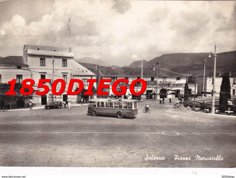 SALERNO - PIAZZA MERCATELLO F/GRANDE VIAGGIATA 1956 ANIMAZIONE CORRIERA - Salerno