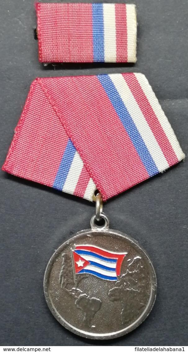 O435 CUBA MEDALLA MILITAR SEGUNDA CLASE, COMBATIENTE INTERNACIONALISTA, WAR OF ANGOLA, NICARAGUA, ETIOPIA. - Medals