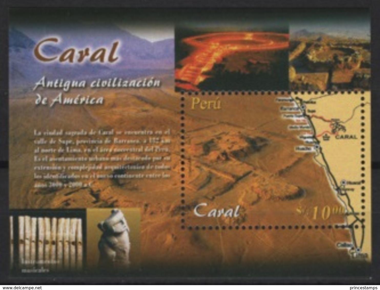 Peru (2004) Yv. Bf. 28   /  Heritage - Archeology - Archeologie - Arqueologia - Caral - Archaeology - Archeologie