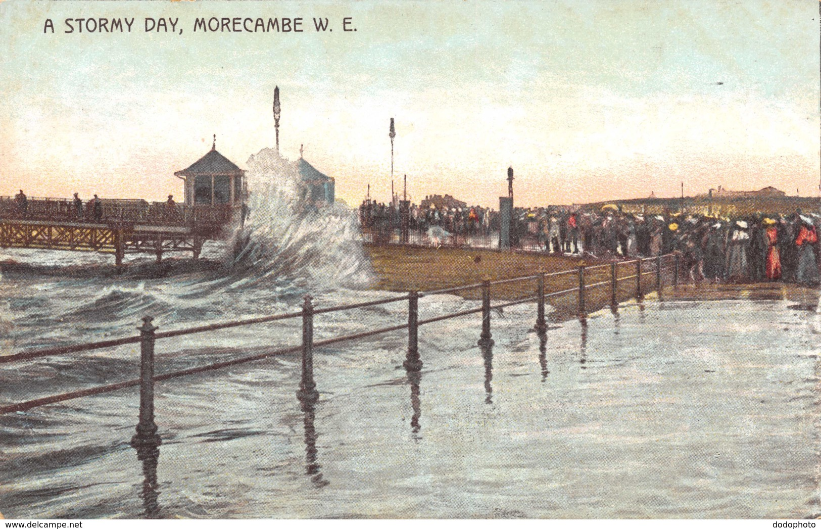 R141168 A Stormy Day. Morecambe. W. E. Todd. Ellston Road - Cartes Postales