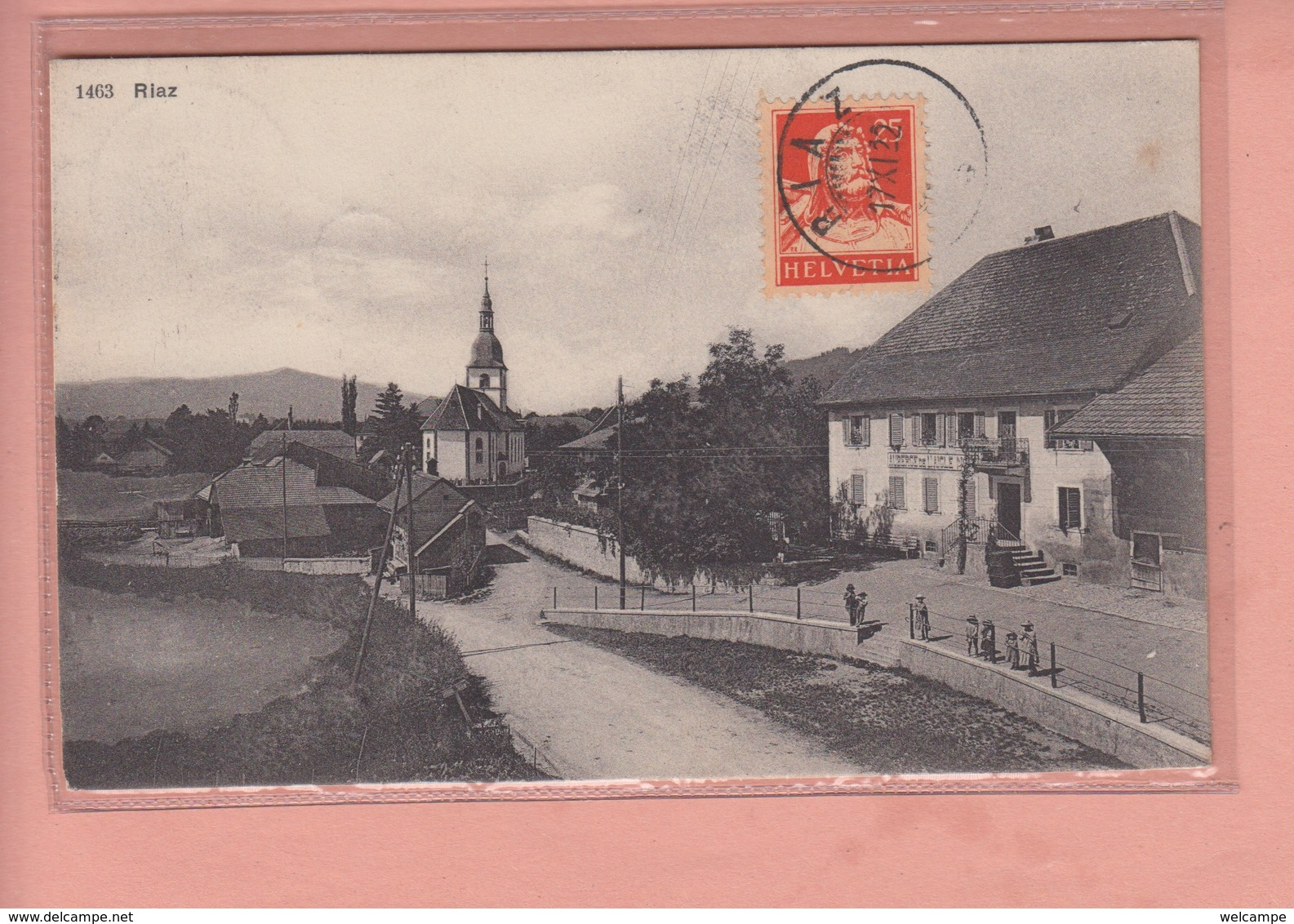 OUDE POSTKAART ZWITSERLAND - SCHWEIZ -  SUISSE -  RIAZ - GEANIMEERD - AUBERGE - FR Fribourg
