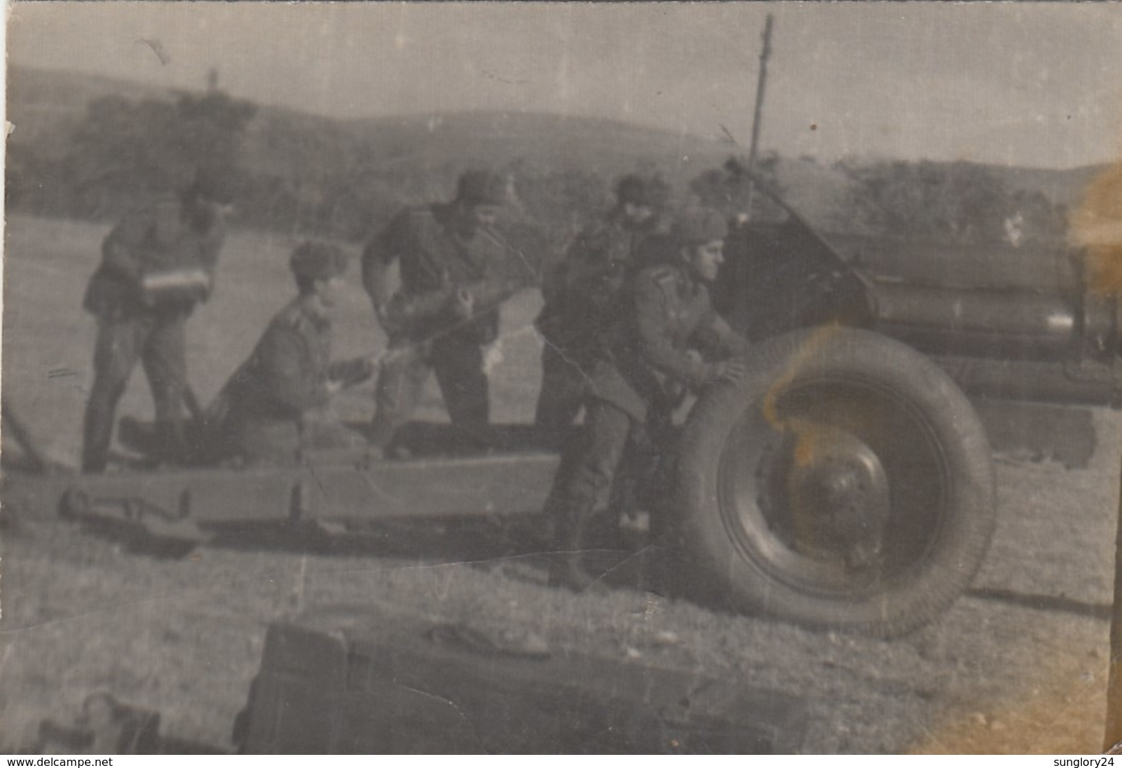UKRAINE. #1479  A PHOTO. SOVIET ARMY. ARTILLERY. GUN, SHEETS. *** - Projecteurs De Films