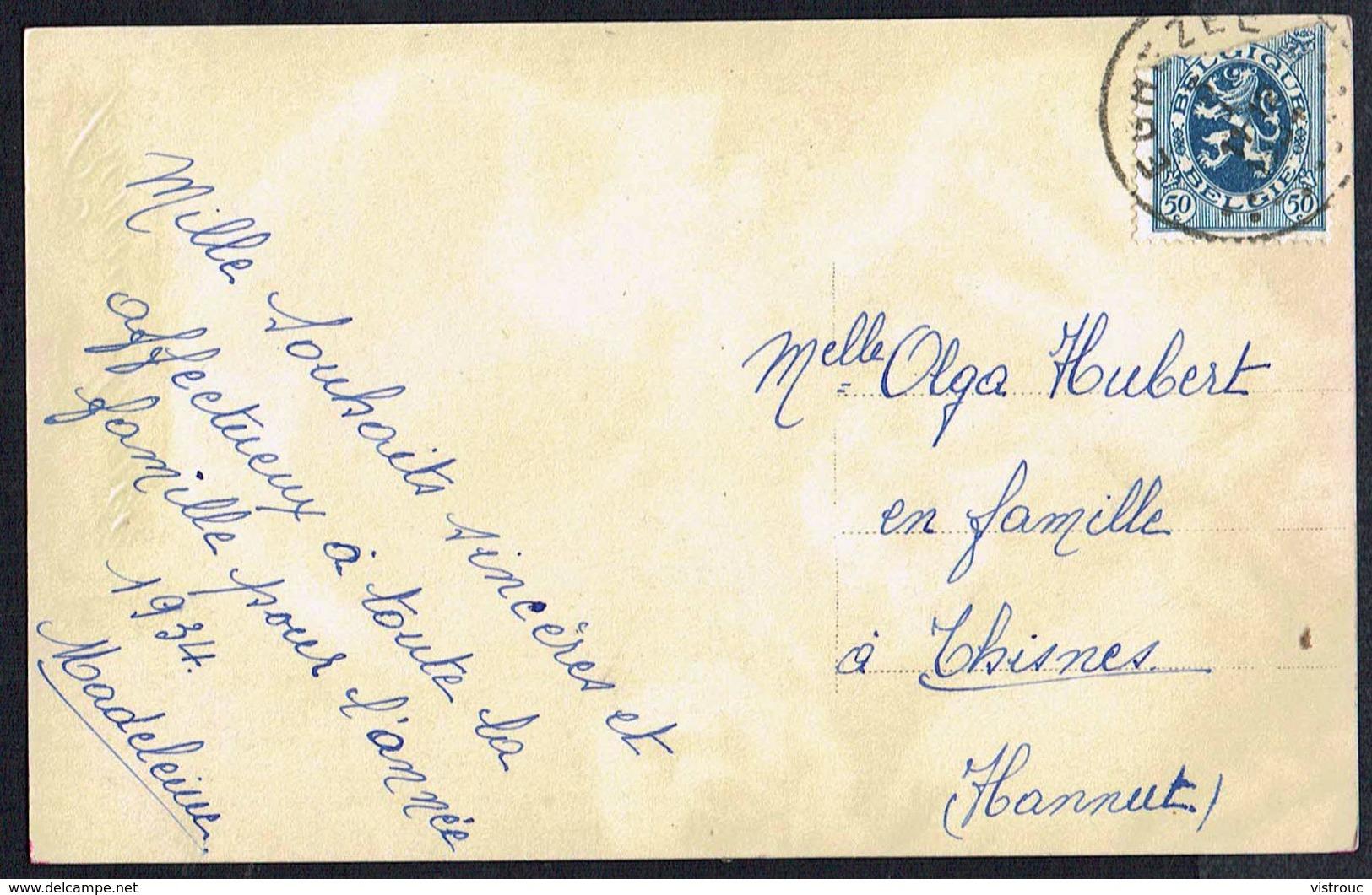 FEMME -  CP - Jeune Femme Avec Fleurs - Circulé  - Circulated  - Gelaufen - 1934. - Femmes
