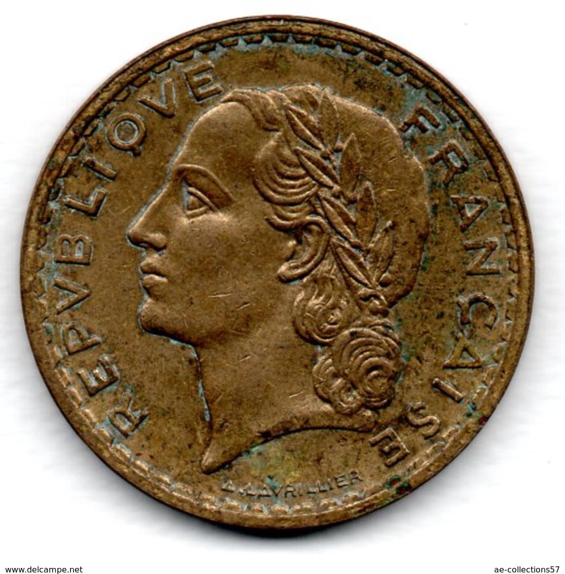 5 Francs 1938  Bronze Alu  -  état  TB+ - France