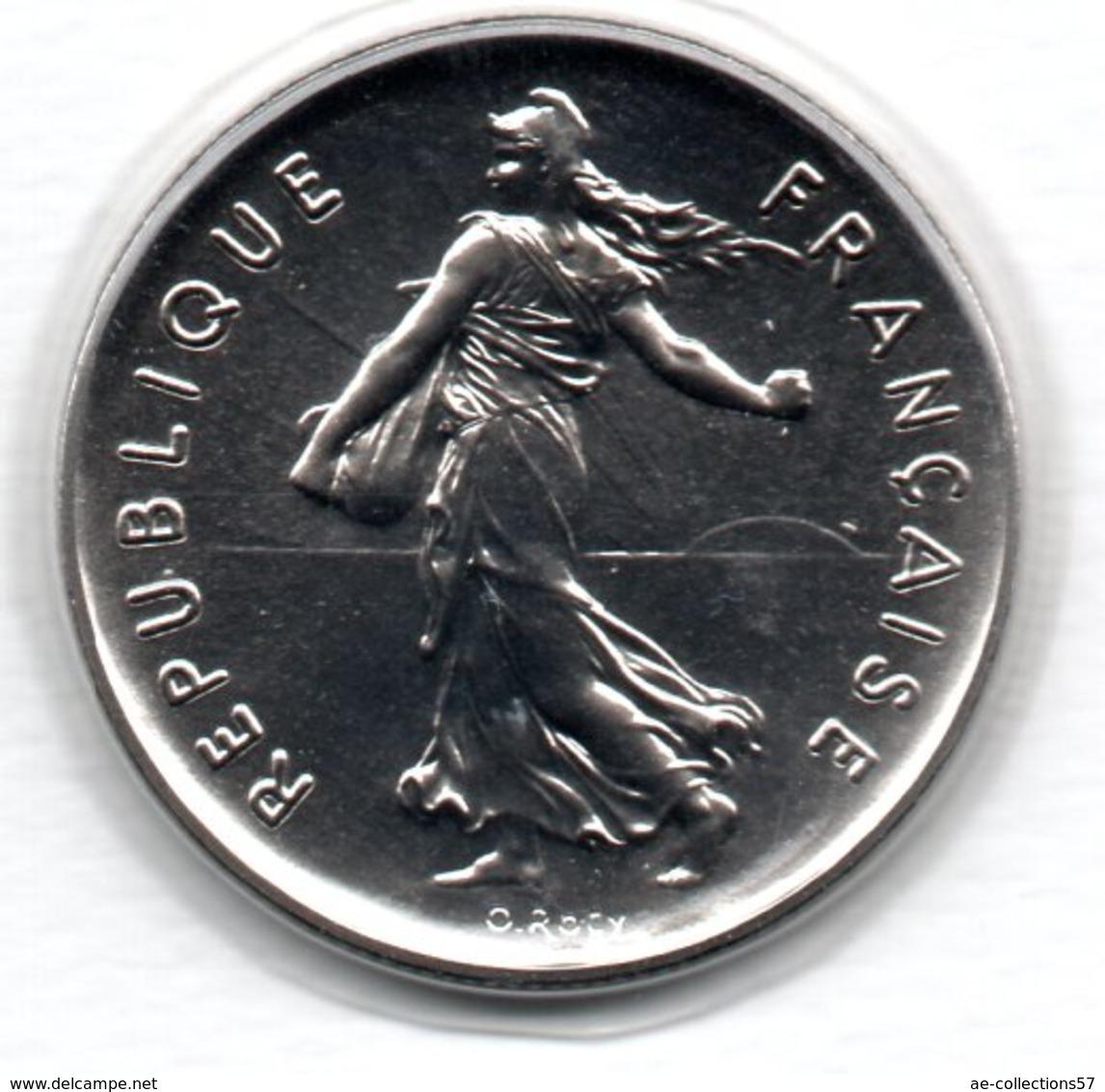 -  5 Francs 1982   -  état  FDC  -- Scellée - France