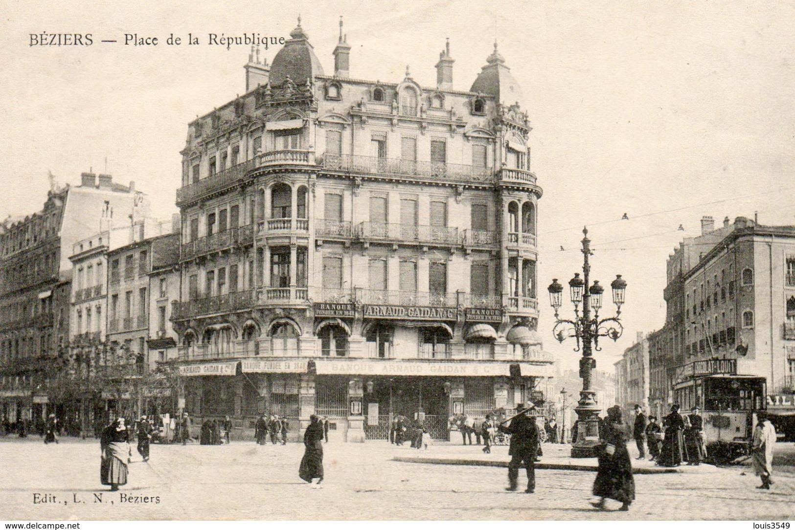 Béziers -    Place  De  La  République. - Beziers