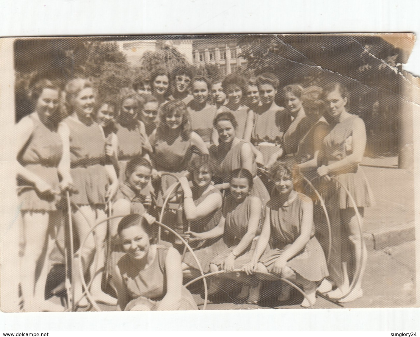 UKRAINE. #1563 A PHOTO. KIEV. STUDENTS. GIRLS. SPORT. PYRAMID.  *** - Film Projectors