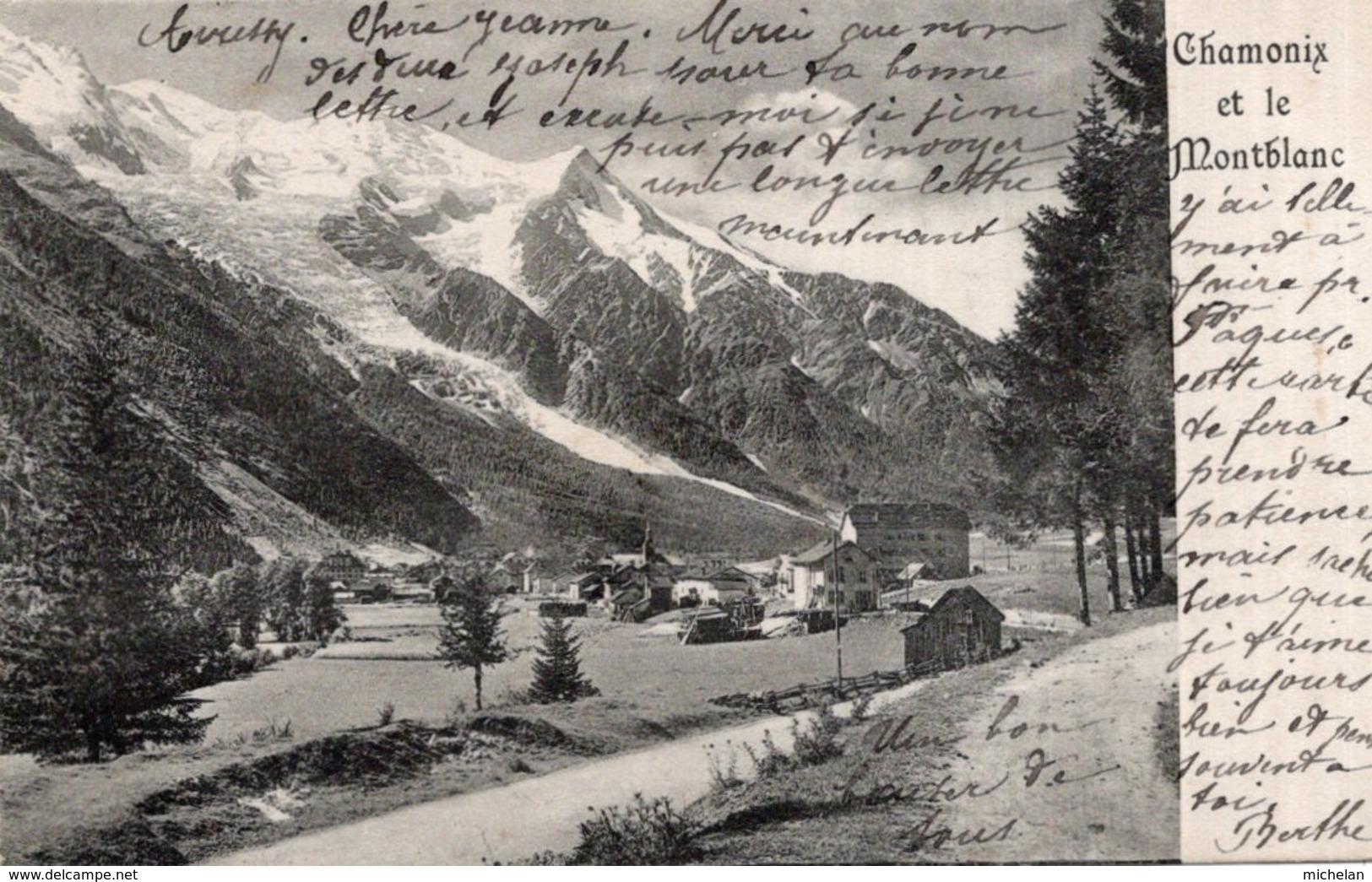 """CPA 74  CHAMONIX ET LE MONT BLANC--CPA D'AVANT 1905 CIRCULEE EN 1907--TRES RARE """"CHAMONIX Au Temps D'un Petit Village ?"""" - Chamonix-Mont-Blanc"""