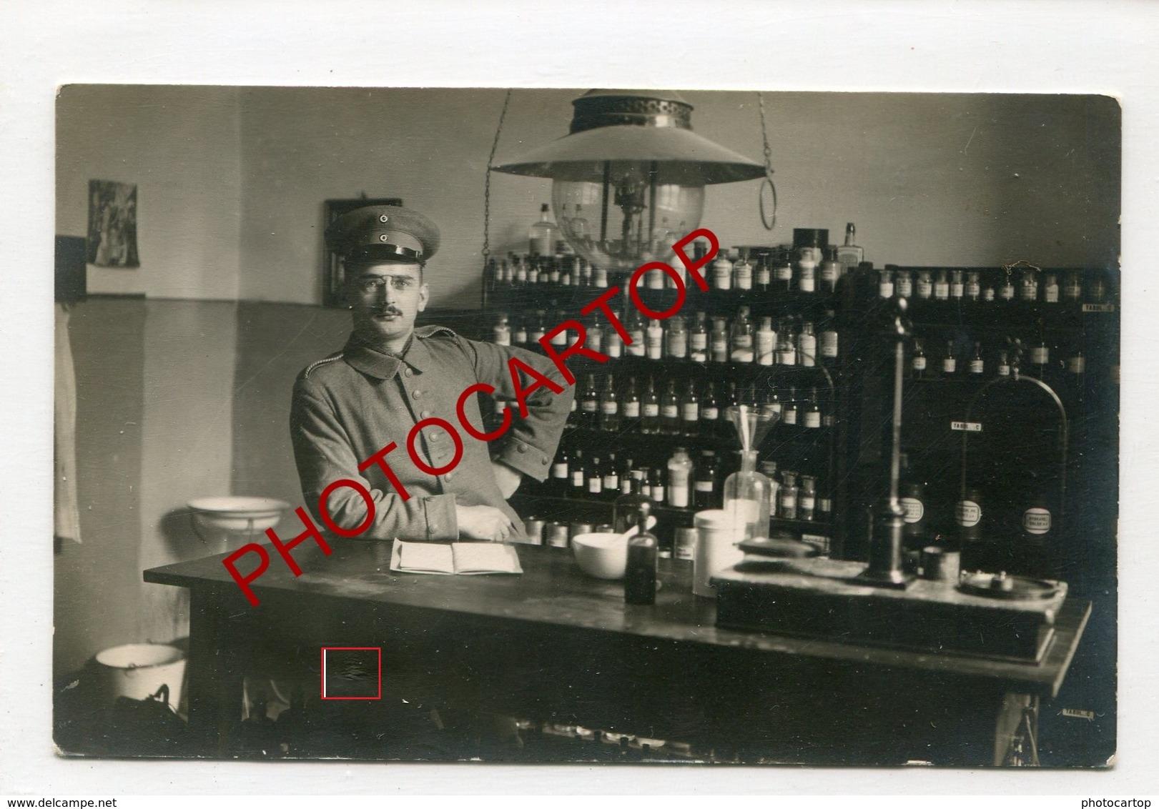 PHARMACIEN Militaire-Medicaments-Medecine-CARTE PHOTO Allemande-Guerre 14-18-1WK-Militaria- - Oorlog 1914-18