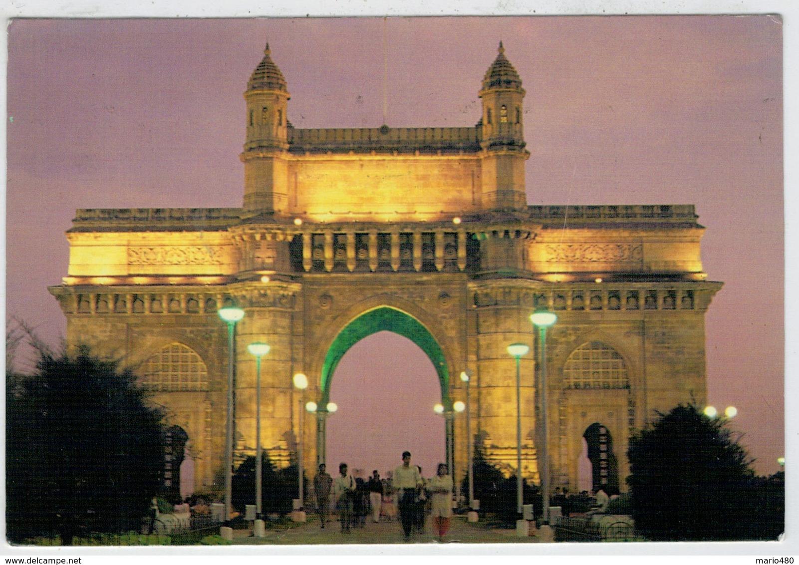BOMBAY      GATEWAY  OF  INDIA   AT  NIGHT            (VIAGGIATA) - India