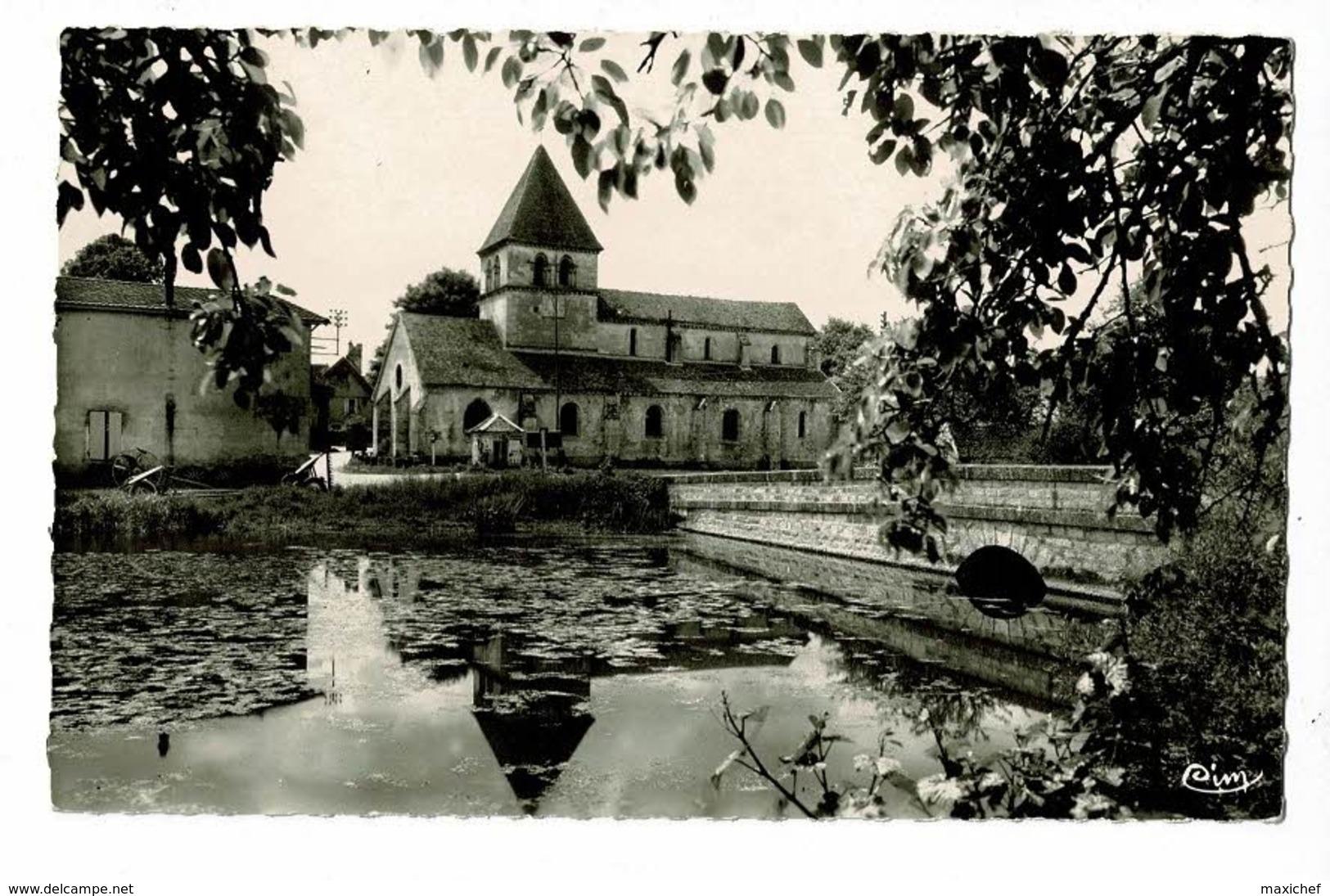 """Saint Loup De La Salle - Entrée Du Pays - Route De Beaune (Pub """"Shell"""", Herse, Rateau Faneur) Pas Circulé - Autres Communes"""