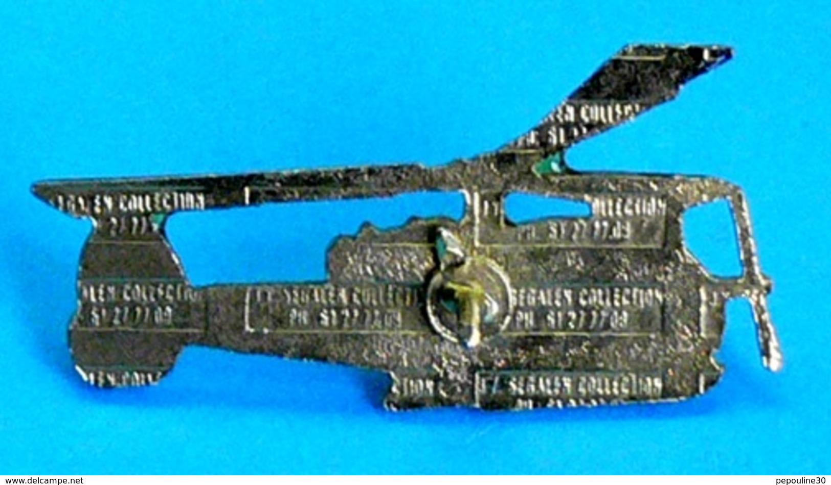 1 PIN'S //   ** HÉLICOPTÈRE / ALOUETTE II / GENDARMERIE NATIONALE **  . (J.Y. Segalen Collection) - Militaria