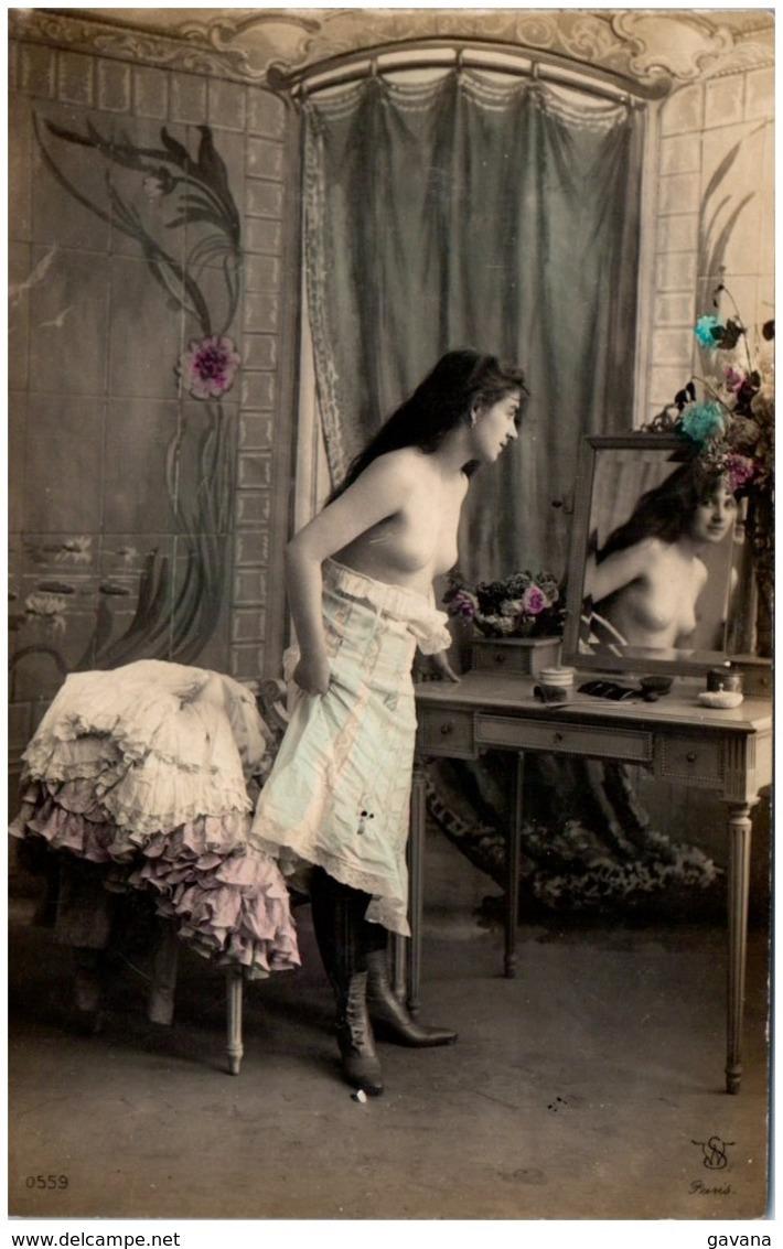 EROTIQUE - EROTIC - Jeune Femme - Beauté Féminine D'autrefois < 1920
