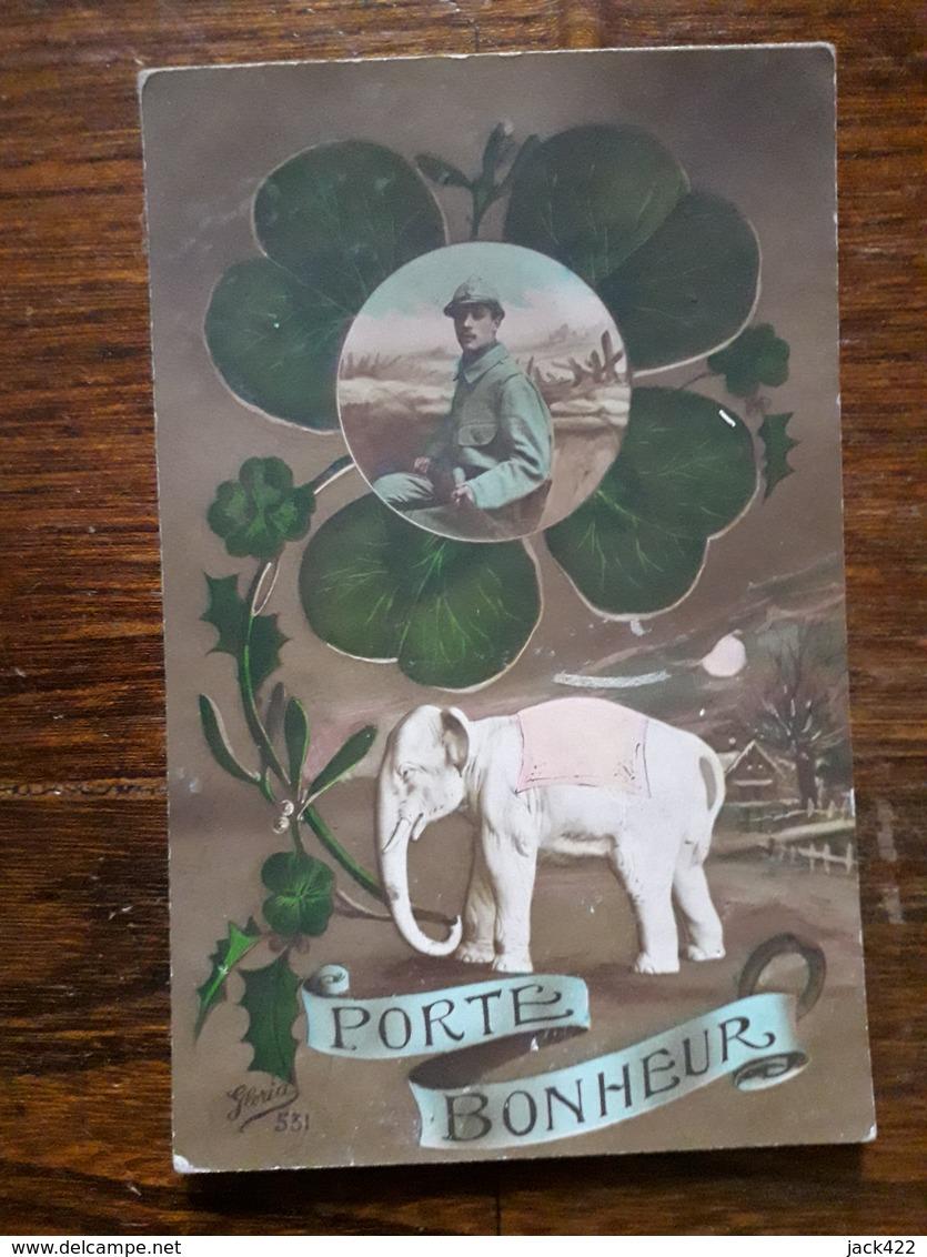 L19/237 Porte Bonheur. Militaire , éléphant - Other