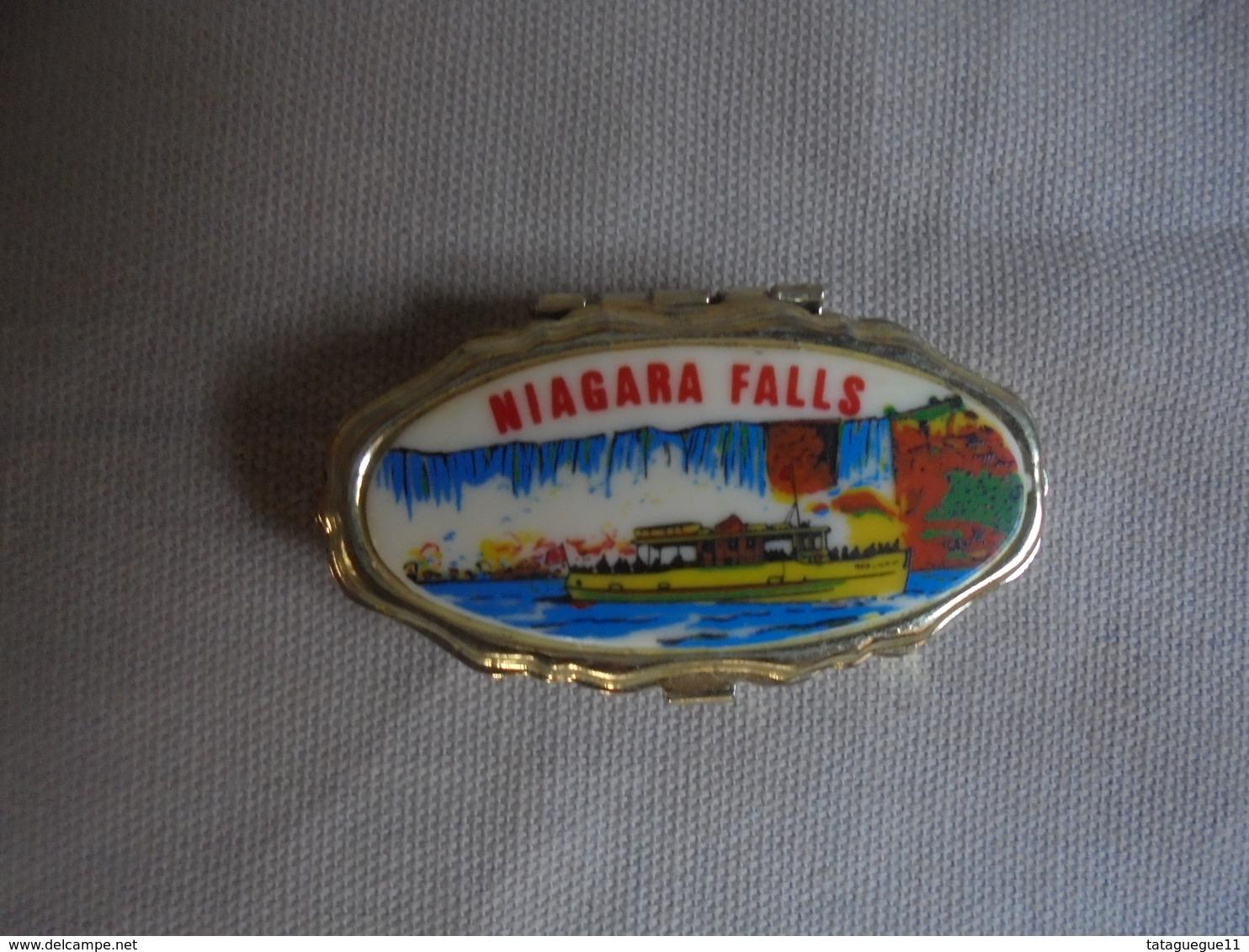 Vintage - Petite Boite Pilulier Souvenir Des Chutes Du Niagara - Obj. 'Souvenir De'