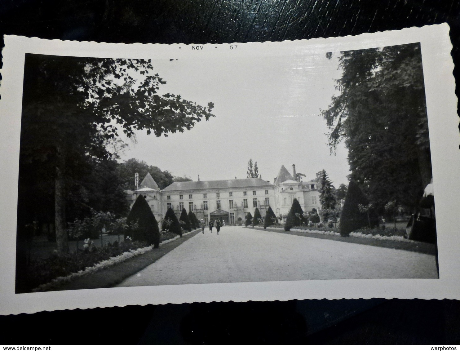 PHOTO ORIGINALE _ VINTAGE SNAPSHOT : CHATEAU De MALMAISON à RUEIL MALMAISON _ HAUTS De SEINE _ FRANCE _ 1957 - Places