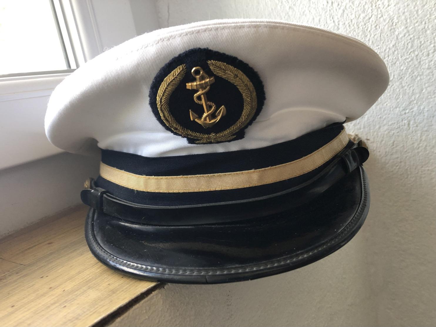 Uniforme Complet Officier Marinier Supérieur ( Veste Et Pantalon, Casquette) ,excellent état - Uniforms
