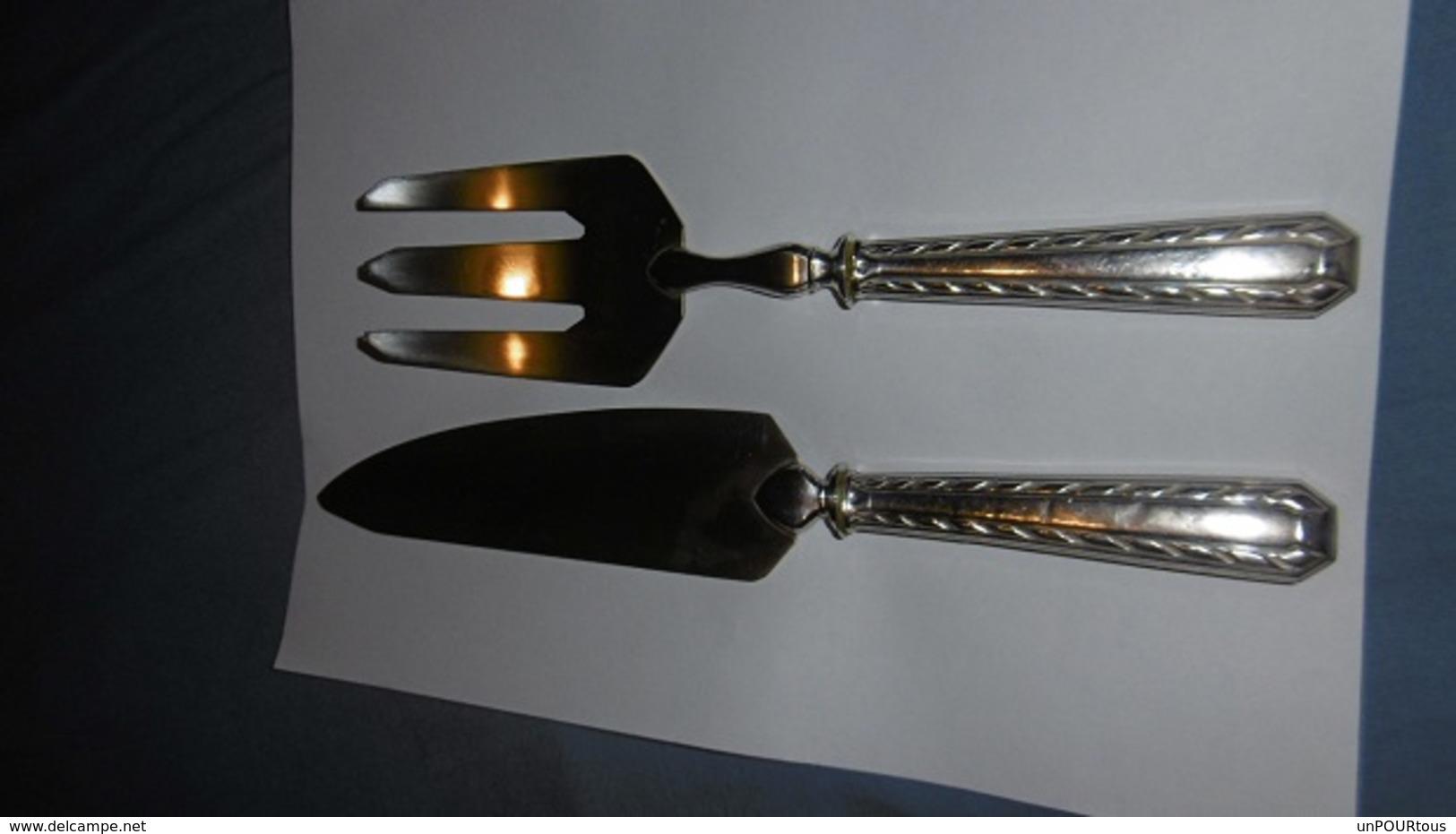 Couverts à Poisson  En Argent Massif Orf: Joseph Caron 1885+ Minerve - Knives