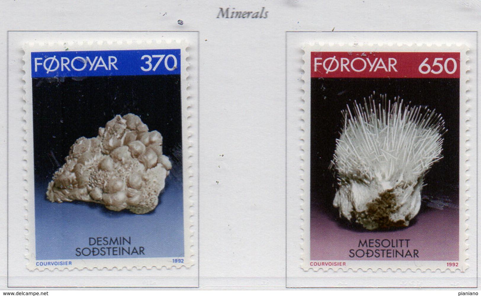 PIA  -  FAROER -  1992  : Minerali -  (Yv 229-30) - Minerali