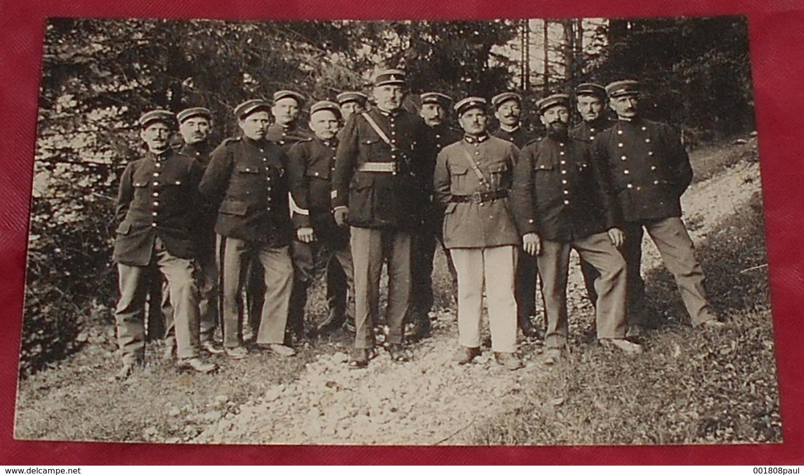 Groupe De Gendarmes - Douaniers - Portraits - Douane ----------------- 497 - Police - Gendarmerie