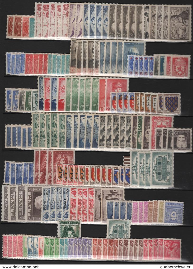 LOT DE TIMBRES DE FRANCE Par Multiples Entre 1940 Et 1949 Neufs* Côte 640 € - Unused Stamps