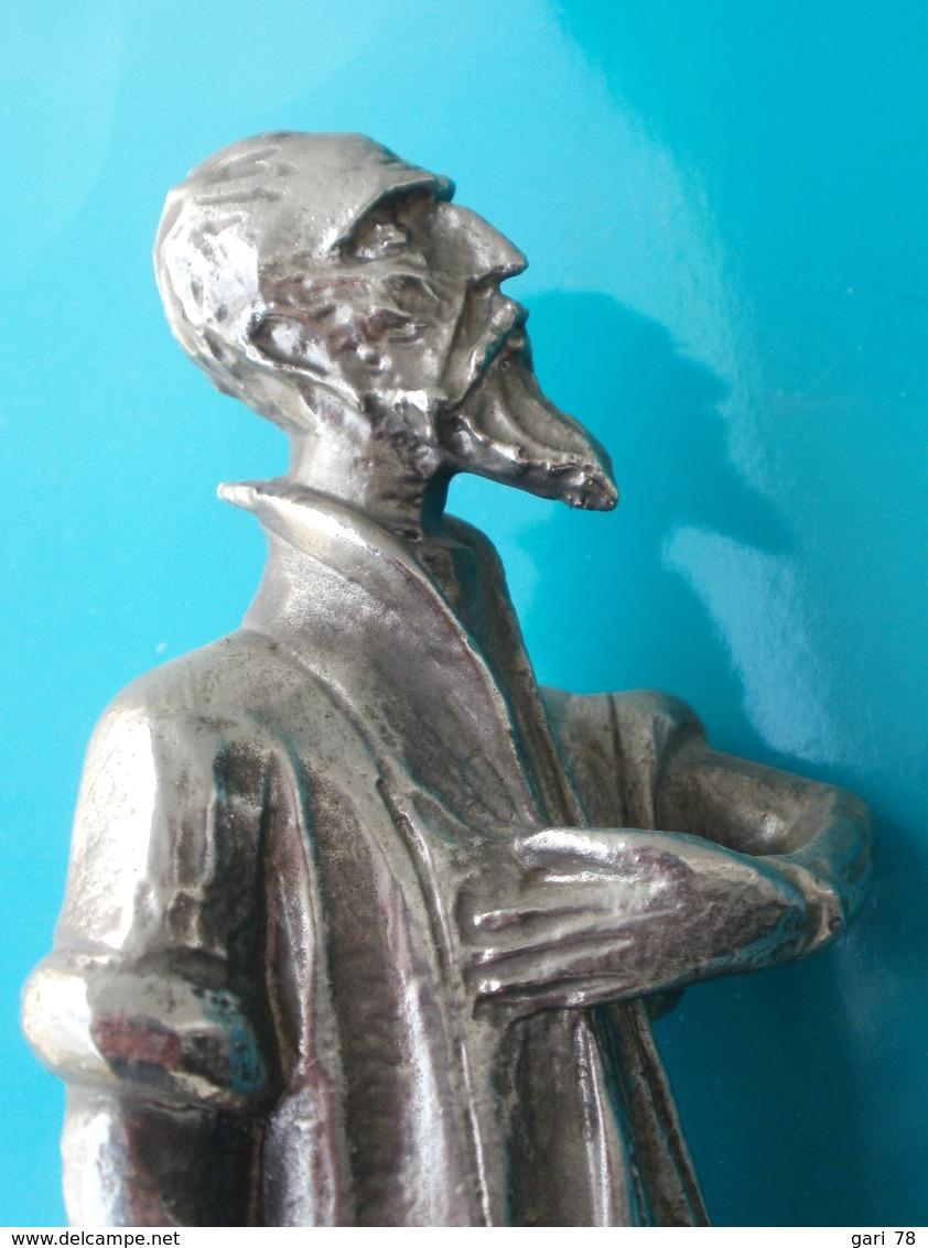 Statue De  DON QUICHOTTE En Alliage Hauteur  26 Cm - Sculptures