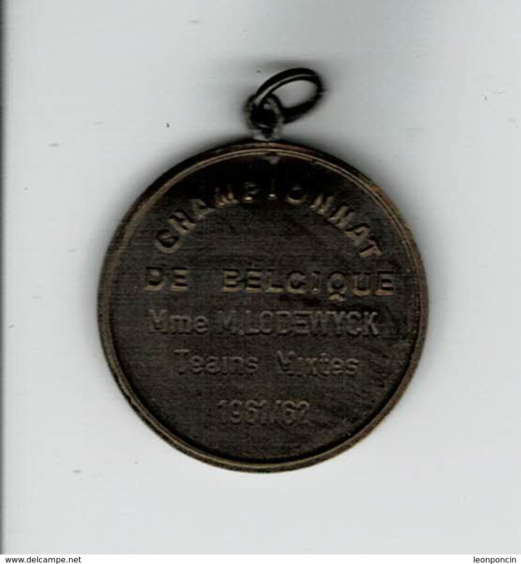 Medaille A Determiner Bridge - Professionals / Firms