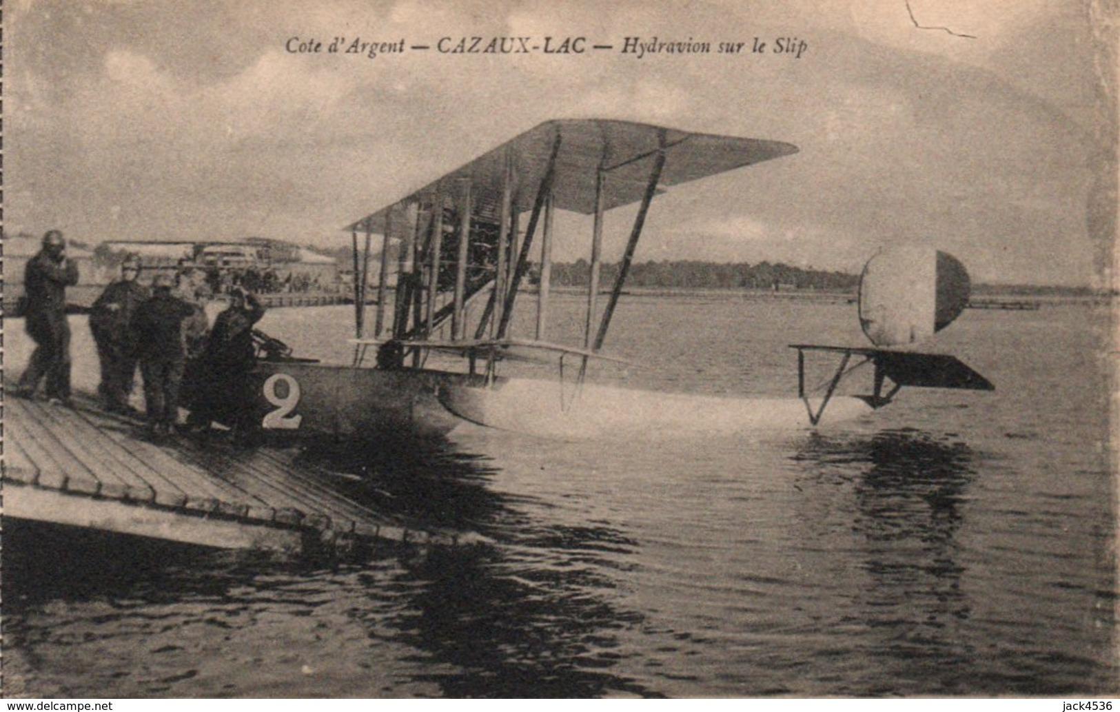 Carte Postale Ancienne Issu De Carnet - Dép. 33 - CAZAUX - LAC - Hydravion Sur Le Slip - France