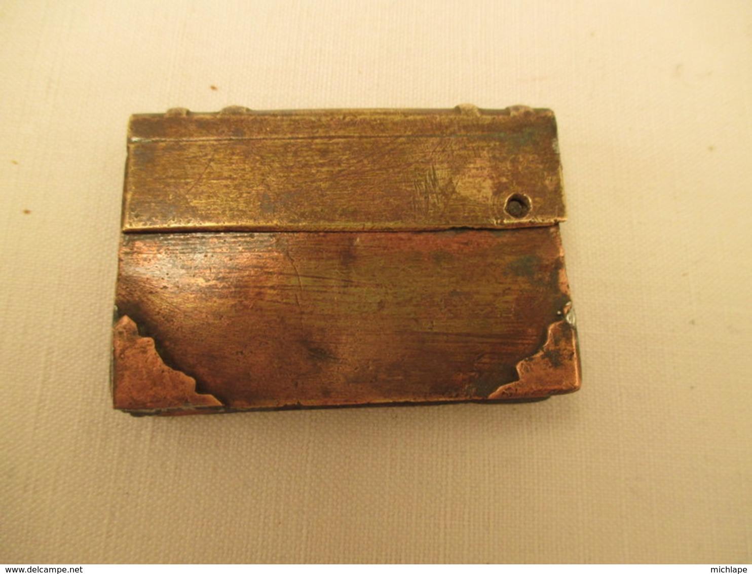 Briquet De Poilu -artisanat De Tranchées -14/18 -   Cm      Tb état - Decorative Weapons