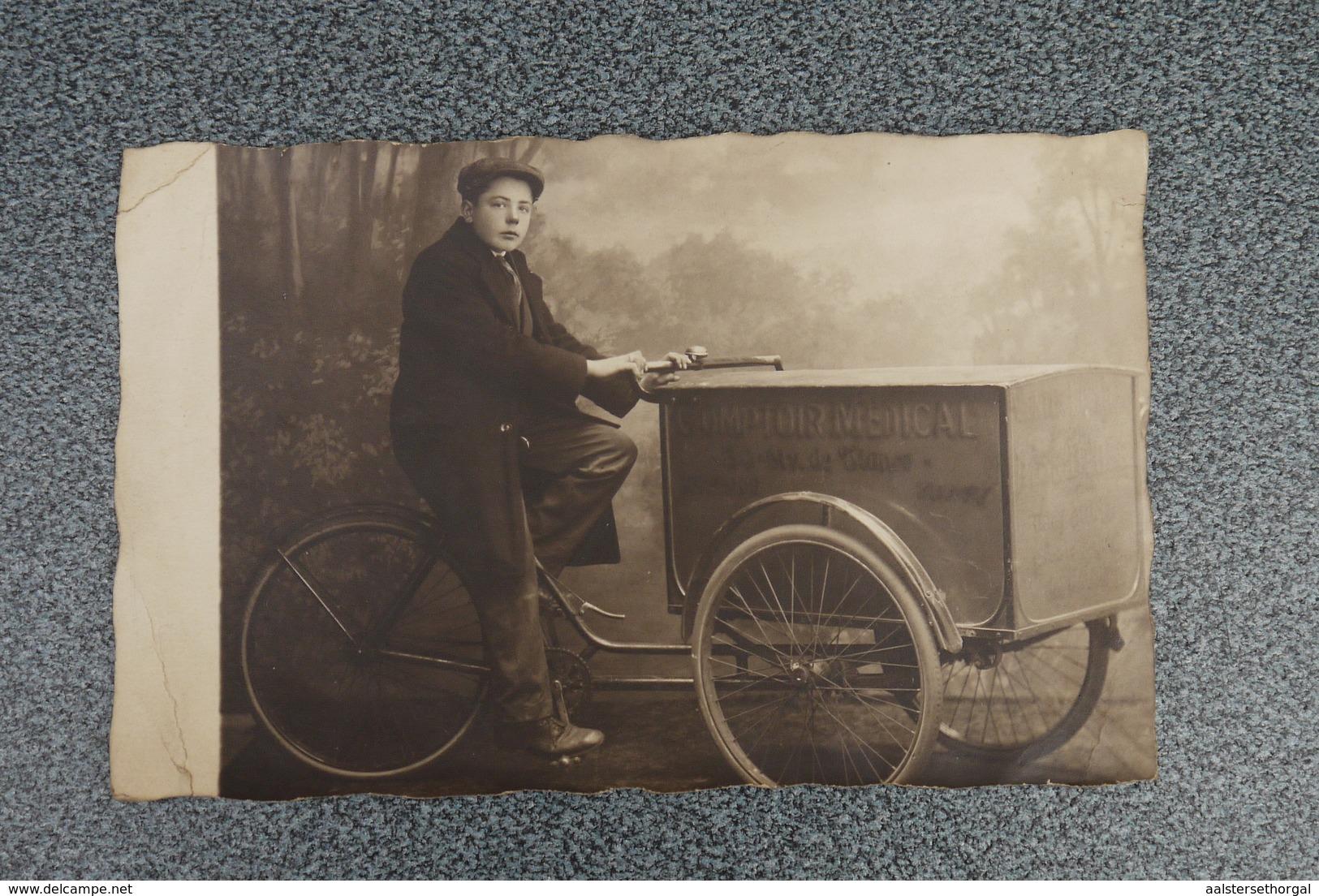 Bakfiets Triporteur  Pk Fotokaart 1920' Zeldzame Fotokaart Comptoir Medical - Motorbikes