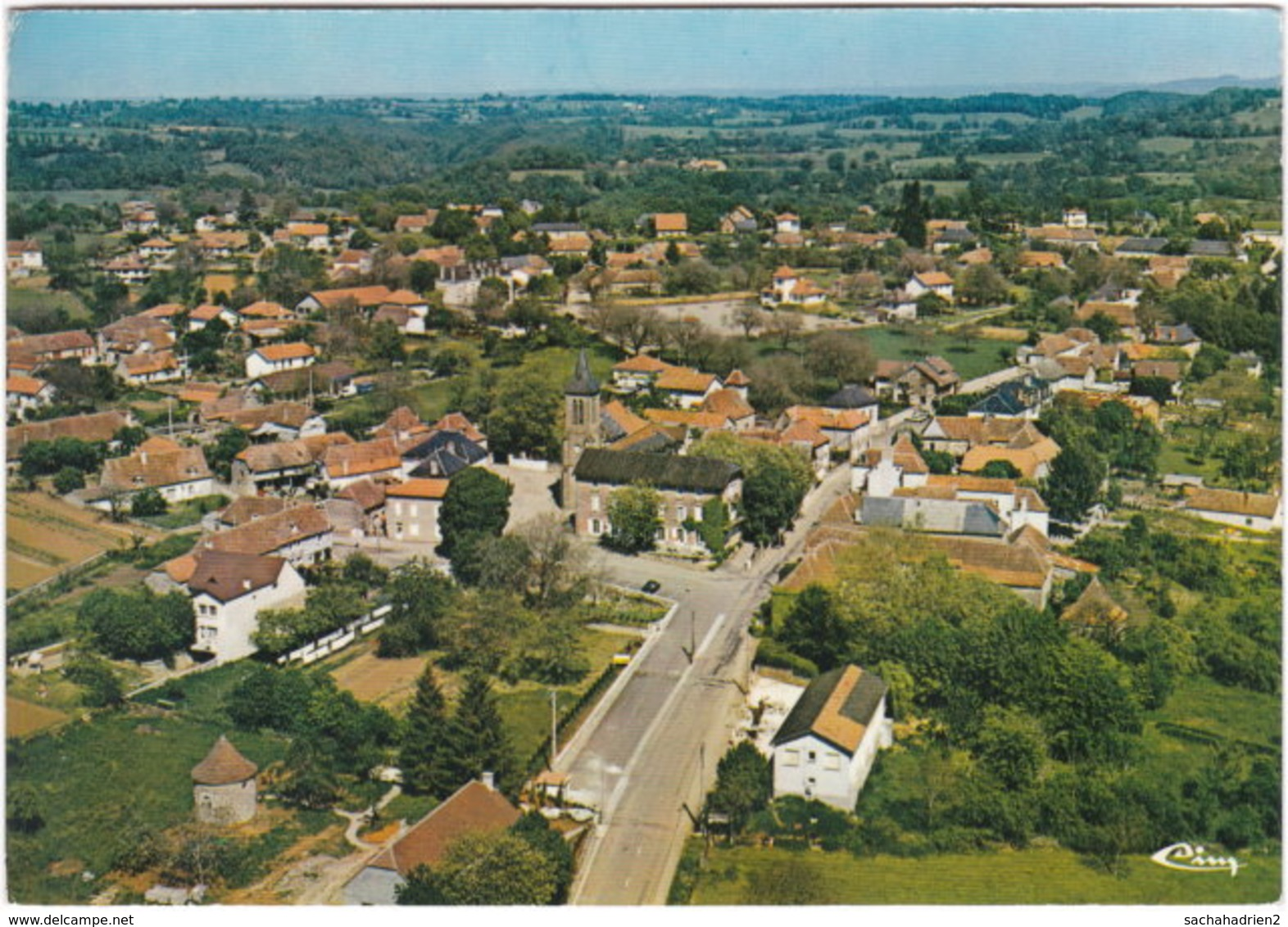 46. Gf. ALVIGNAC-LES-EAUX. Vue Aérienne. 1031 - Other Municipalities