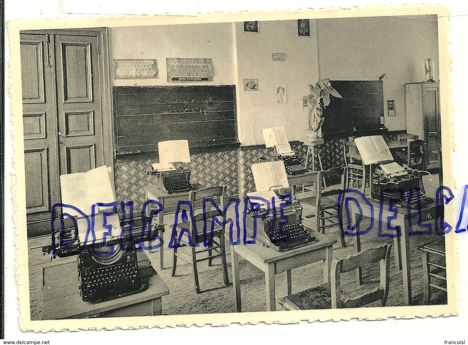 Pensionnat Des Soeurs De Marie. Glons NELS  Thill.  Section Commerciale. Machines à écrire - Ecoles
