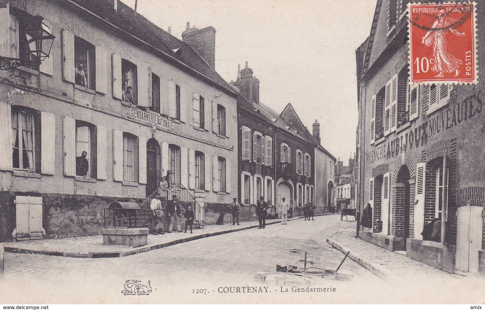 45. Gendarmerie Tbe - Courtenay