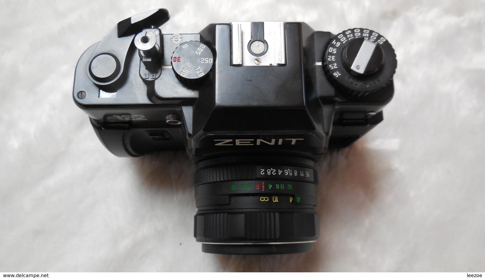 Appareil Photo ZENIT 122 Semi Automatique, Objectif MC Hélios-44M-4, 58mm 1:2,1ère Version Avec Fenêtre Rectangulaire - Appareils Photo
